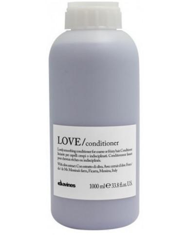 Davines Essential Haircare LOVE/smoothing kondicionieris (1000ml)