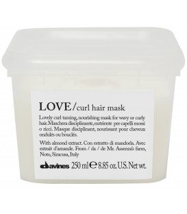 Davines Essential Haircare LOVE/curl mask